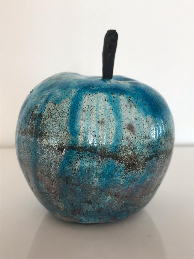 'Äpple', 2019, ett konstverk av P-A Sandström