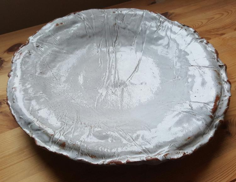 'T3. Keramikfat', 2020, ett konstverk av Ingrid Hernvall