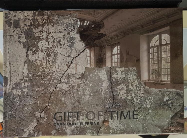 'BOK - Gift of Time', 2019, ett konstverk av CarArt